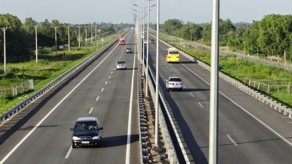 Trong quá trình đấu thầu dự án thành phần 1A của đường Vành Đai 3 để kịp tiến độ khởi công dự án vào cuối năm 2021.